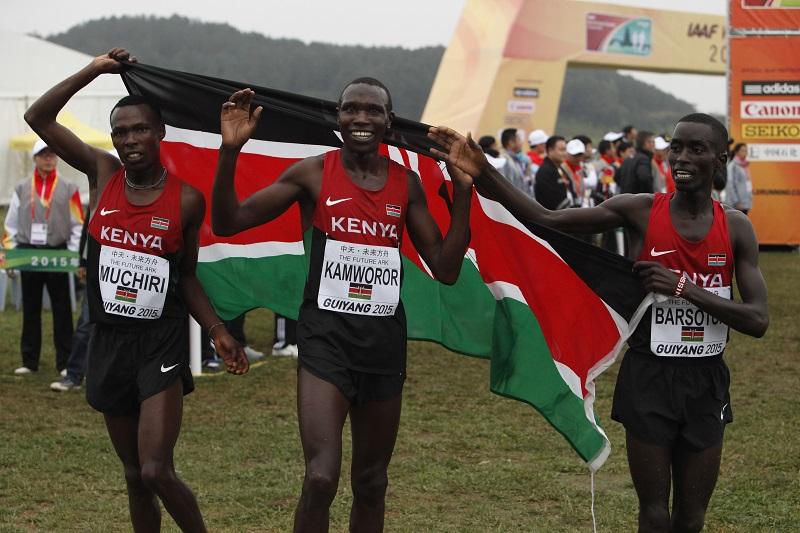 La joie des Kényans, victorieux par équipes