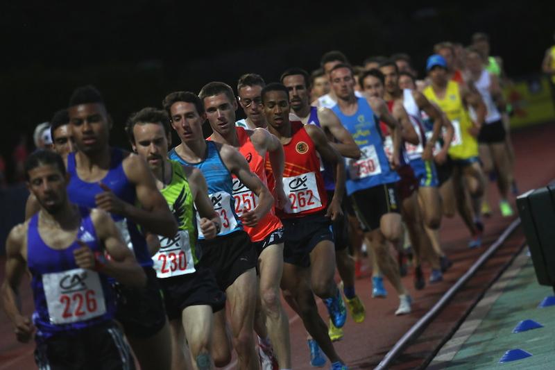 Deuxième série du 5 000 m (Photo Jean-Marc Mouchet)