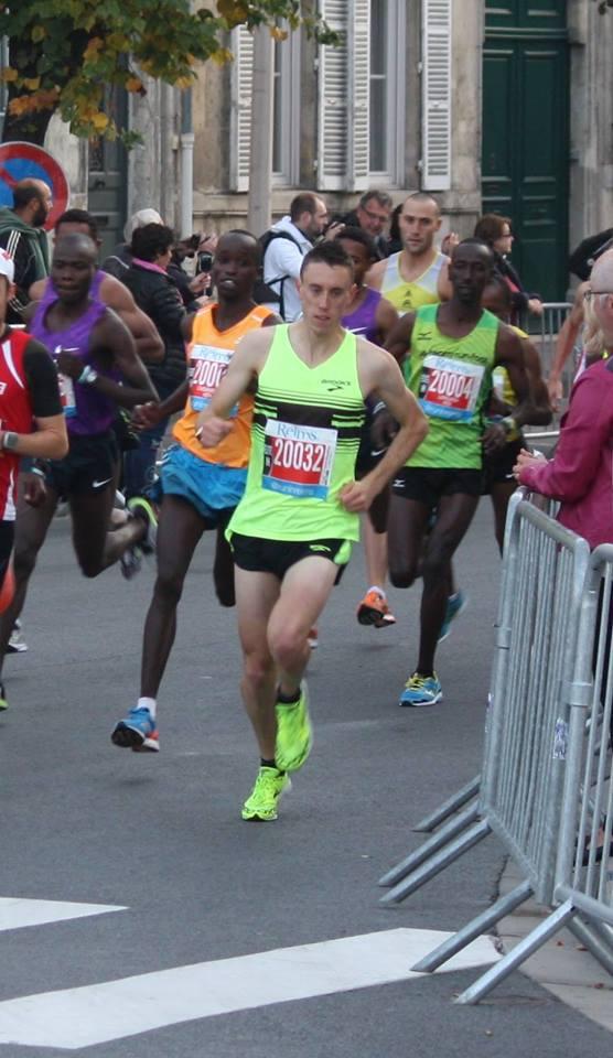 Au semi-marathon de Reims, Paul Lalire a couru les cinq premiers kilomètres avec les Africains de l'Est avant que ceux-ci accélèrent (Photo D.Lalire)
