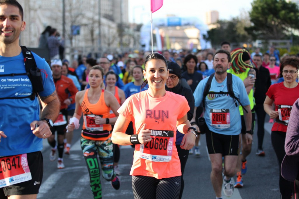 Run in Marseille 2016 - 20/03/2016 - Marseille - France - Le depart du semi marathon