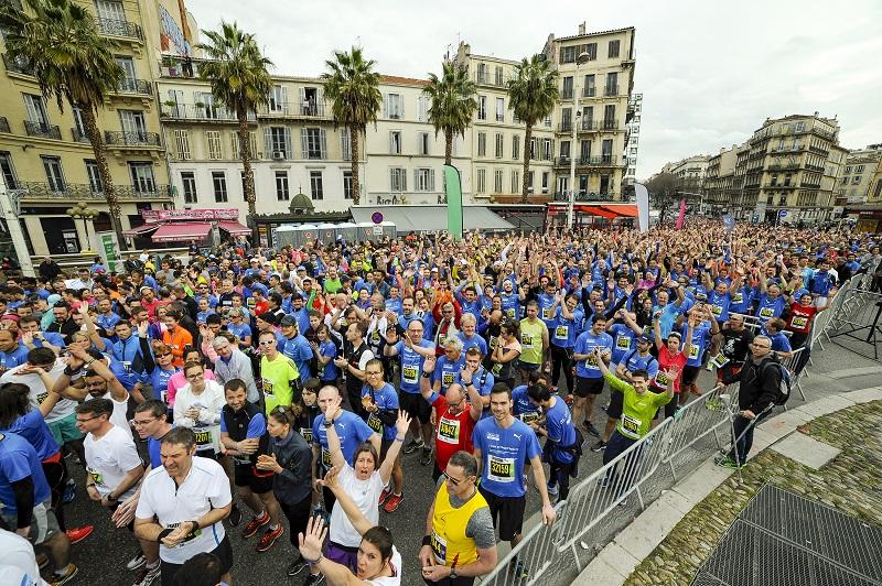 Run in Marseille 2016 - 20/03/2016 - Marseille - France - 10 Km - Les coureurs au depart